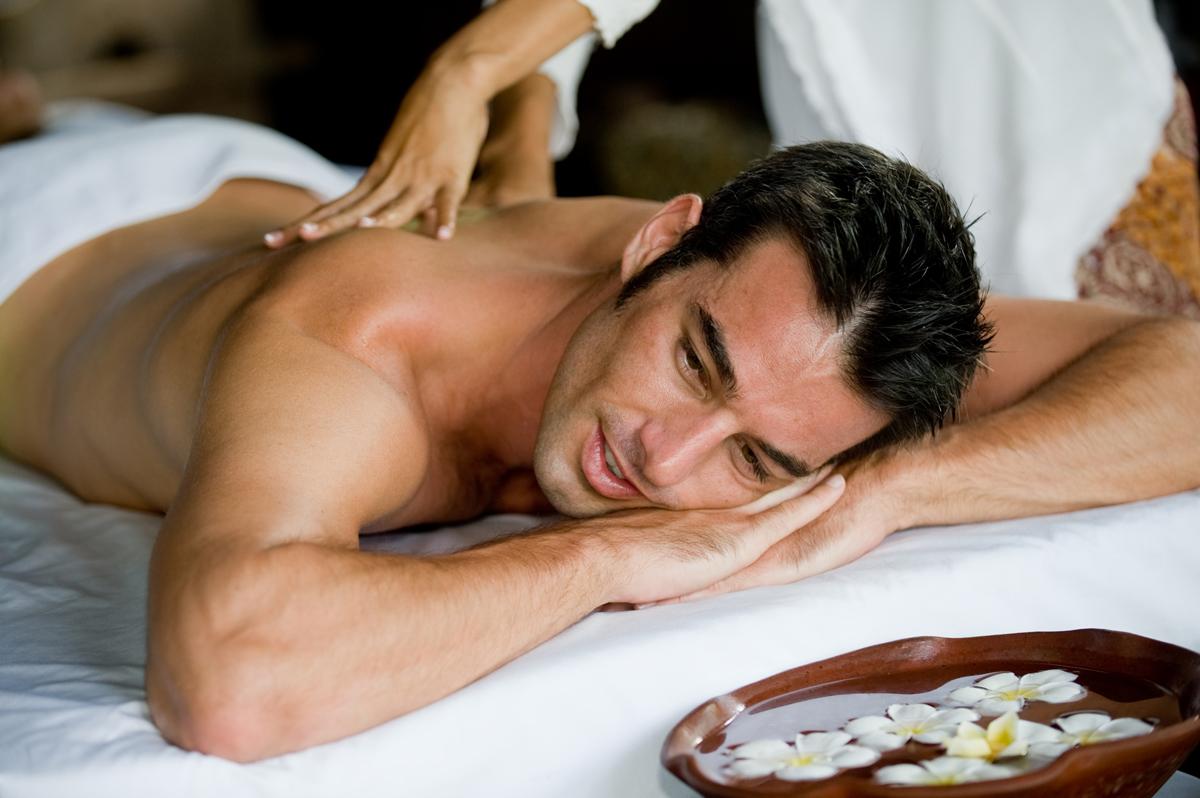 Massaggio decontratturante: benefici e tipologie