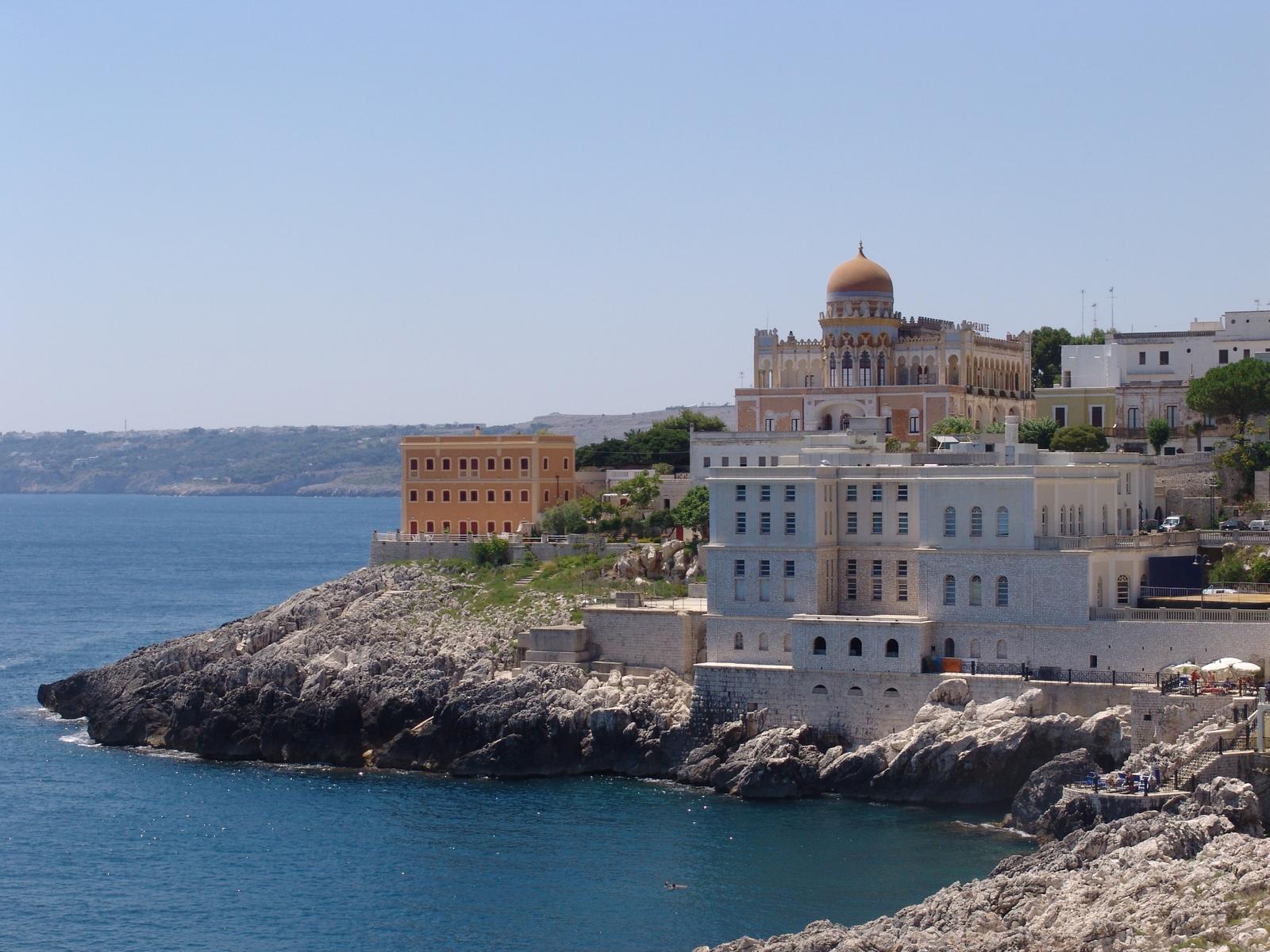 Vacanza o weekend senza rinunciare al sole e al benessere. Le terme al mare più belle d'Italia
